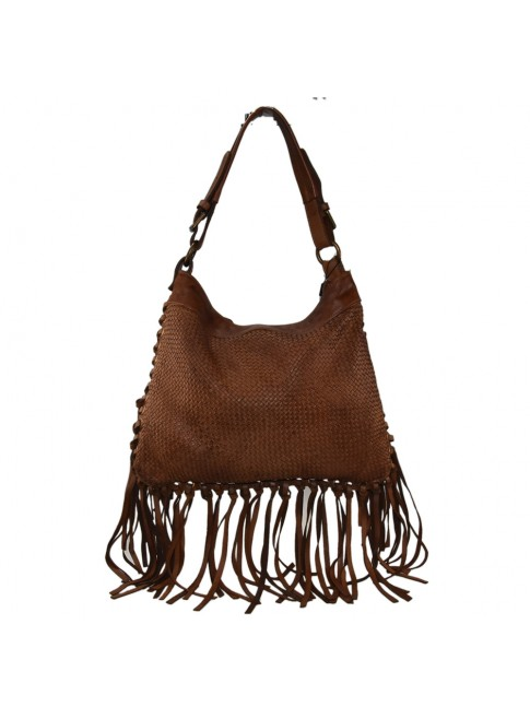 Woman vintage leather shoulder bag with fringes
