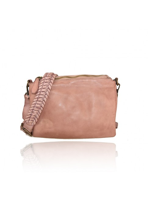 Woman washed leather bag - PA39843