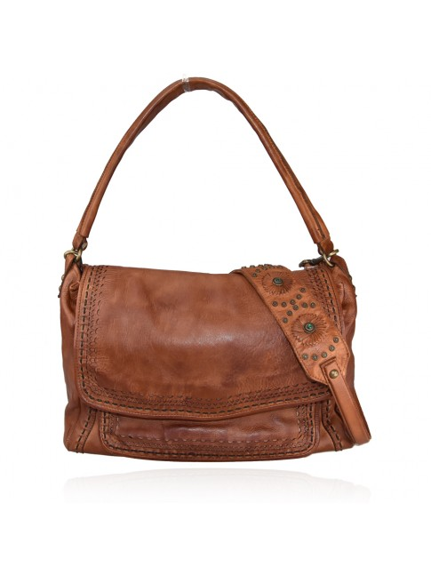 Woman washed leather bag - PW63869