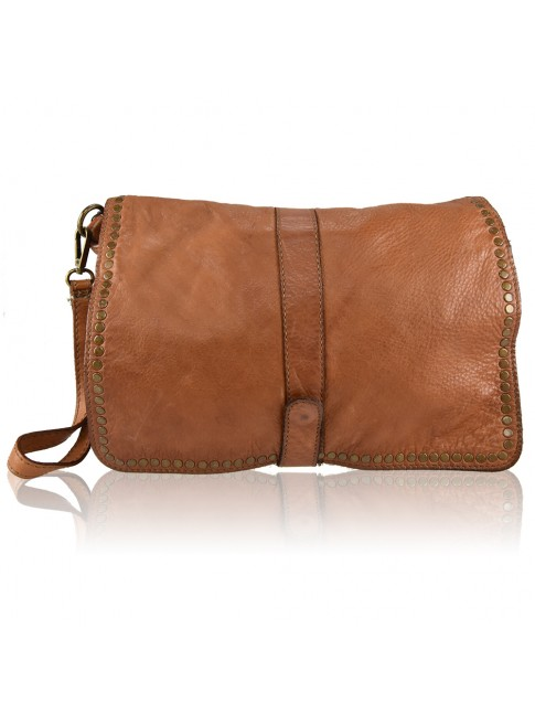 Woman washed leather pochette - AY49854