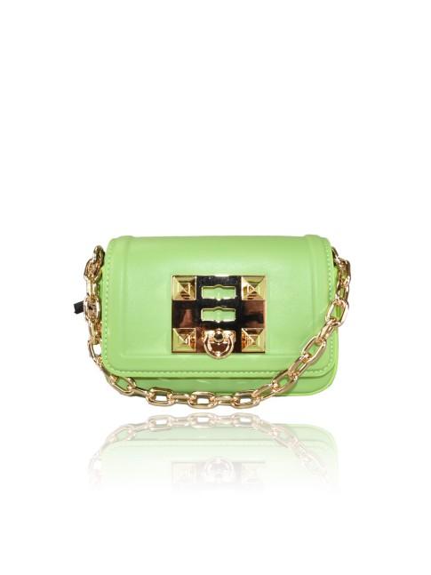 Woman straw beach bag