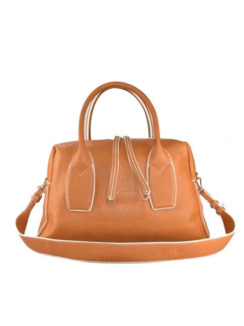 Woman leather shoulder bag